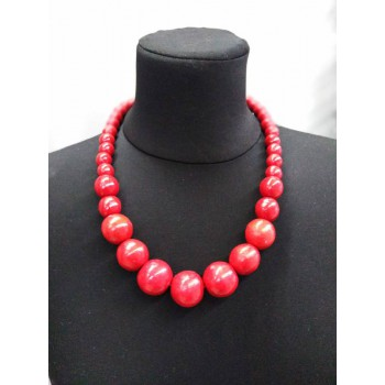 Red necklace with magnification