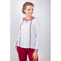 Charming necklace, women's embroidered shirt made of white staple
